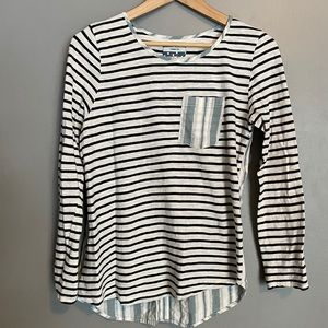Contrast Stripe Long Sleeve Top by Comme Toi
